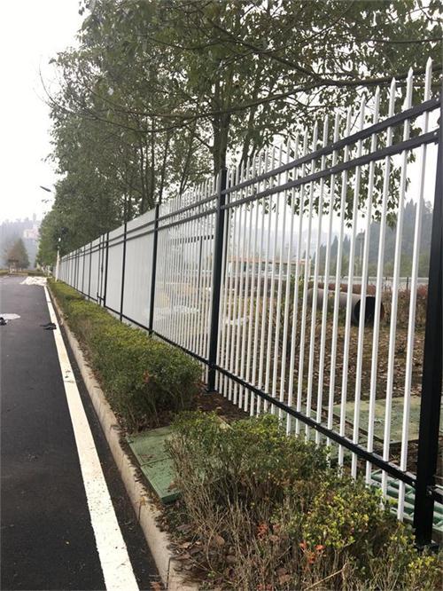武汉锌钢围墙护栏