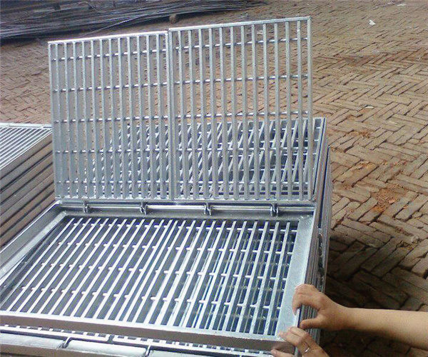 镀锌钢格板生产