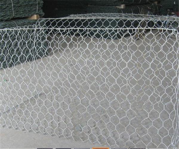 铅丝石笼网厂家