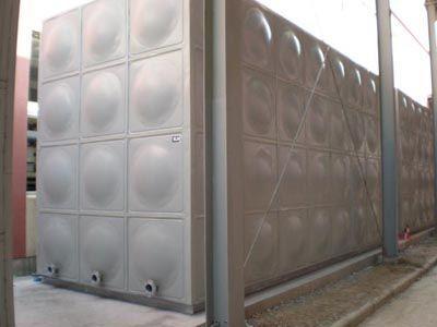 不鏽鋼保溫水箱廠家