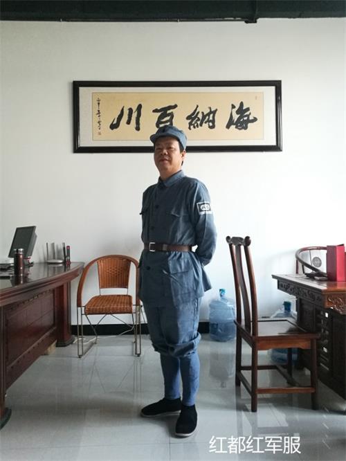 江西�U�军服饰厂家