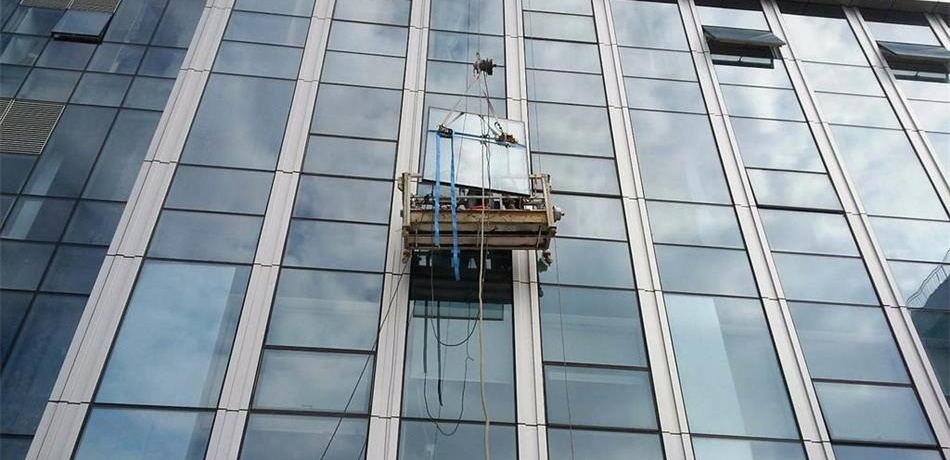 玻璃幕墻維護