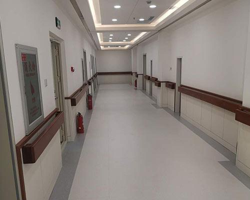 医院走廊门