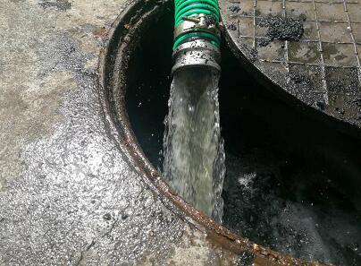 专业清理化粪池