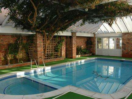别墅游泳池净化