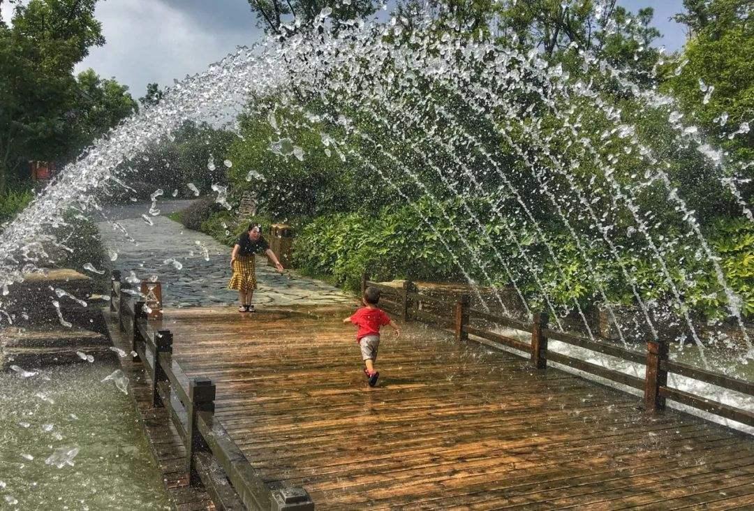 漂浮喷泉成功案例
