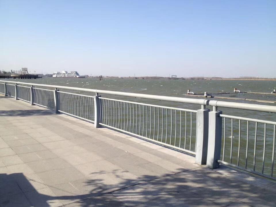 云南桥梁护栏网