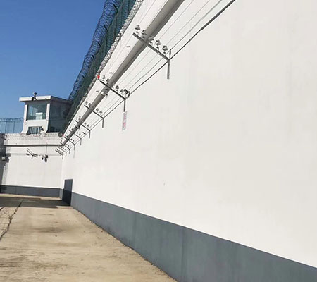 监狱围墙�늽�