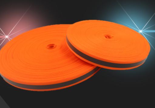 东莞反光材料告诉您如何选择静电保护膜使用效果更好
