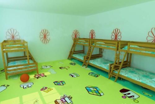 重庆幼儿园pvc塑胶地板厂家