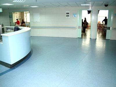 重庆医院塑胶地板安装