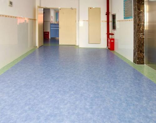 塑胶地板保养