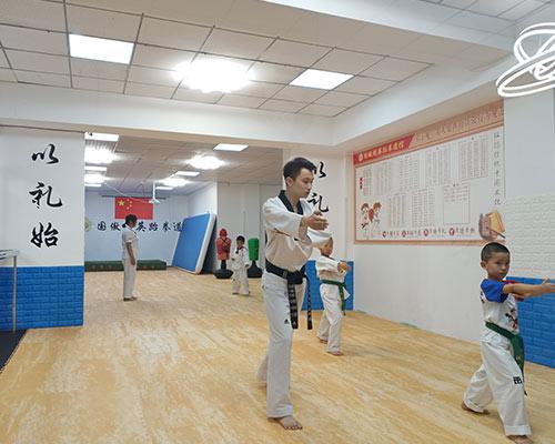 幼儿跆拳道
