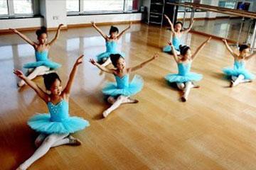少儿民族舞培训学校