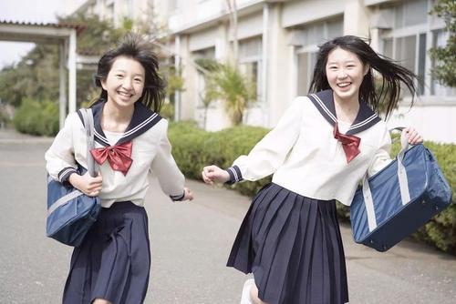 重庆款式多的校服