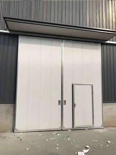 石家庄工业门