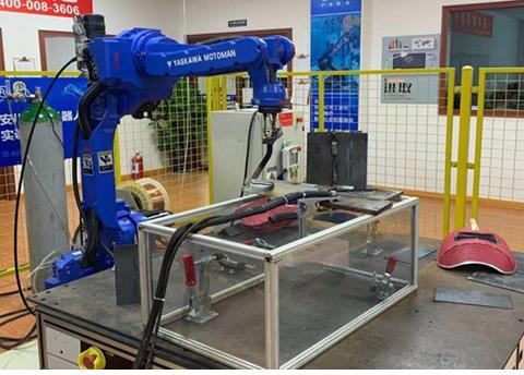 安川焊接工业机器人应用班