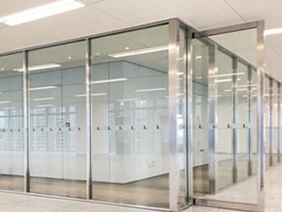 不锈钢玻璃隔断安装