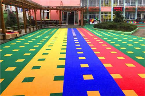 室外悬浮式拼装地板