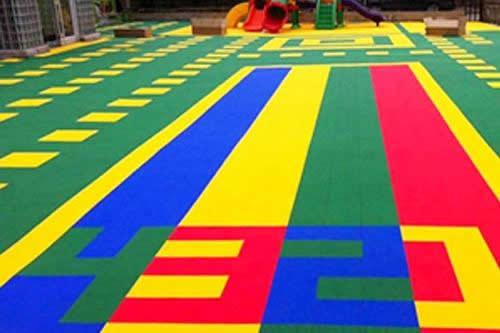 悬浮式拼装复合地板