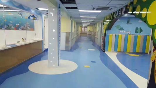 重庆幼儿园塑胶地板安装