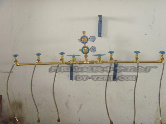 氢气汇流排氧气氮气氩气二氧化碳丙烷乙炔倒流排