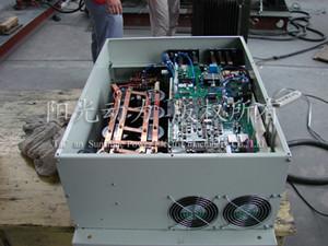 电机驱动器