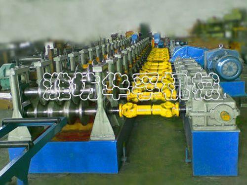 三波护栏板成型设备
