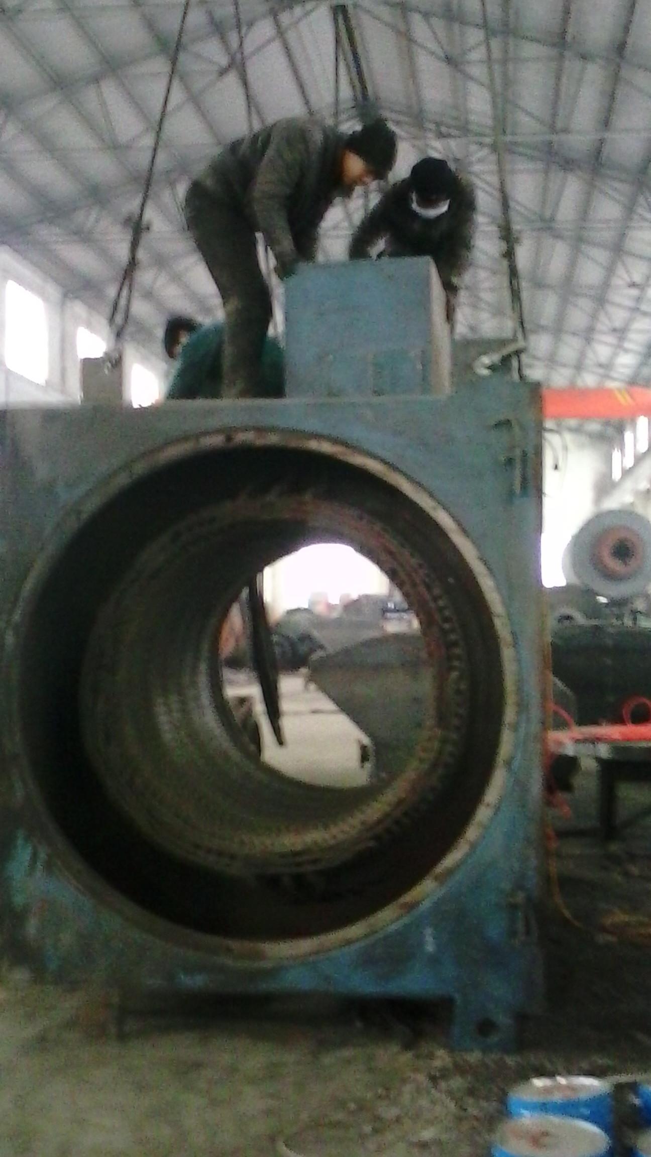 大型高壓電機維修現場