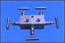 WF-4 型五阀组