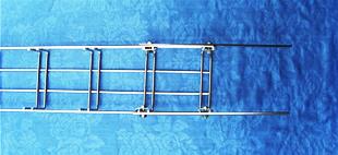 50X50钢网桥架