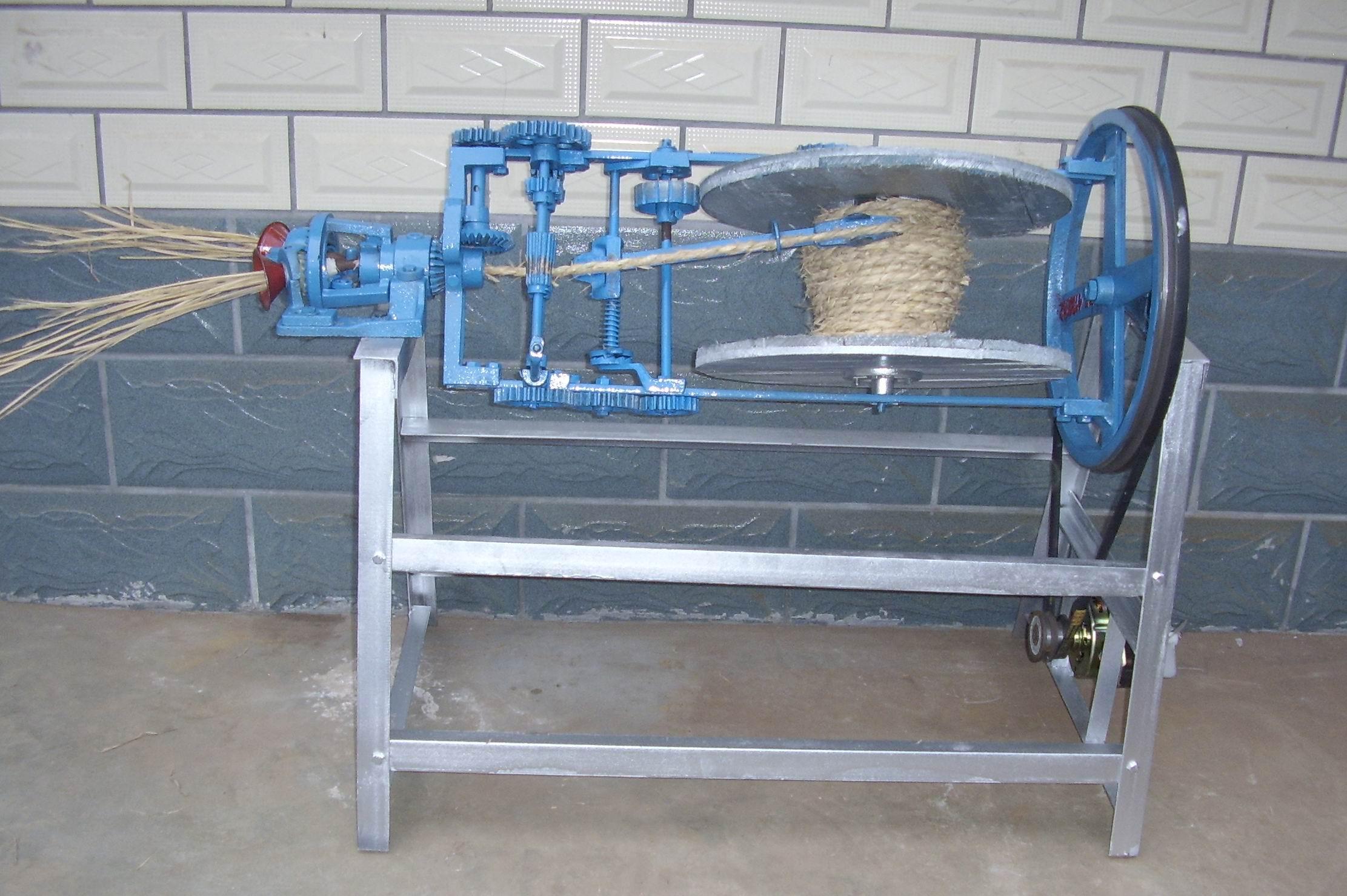 电动草绳机
