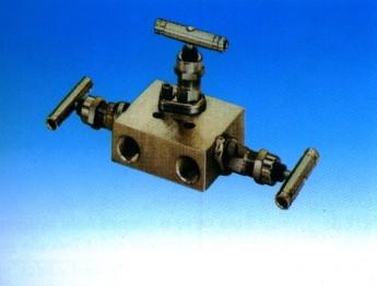 SS-M3F8内螺纹三阀组