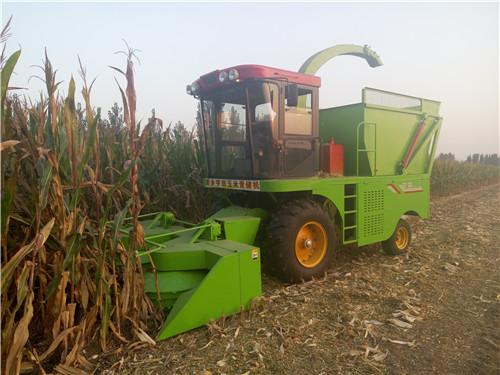 山西玉米秸秆青贮饲料收割机