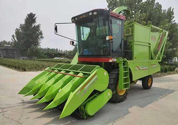 玉米秸秆青贮机