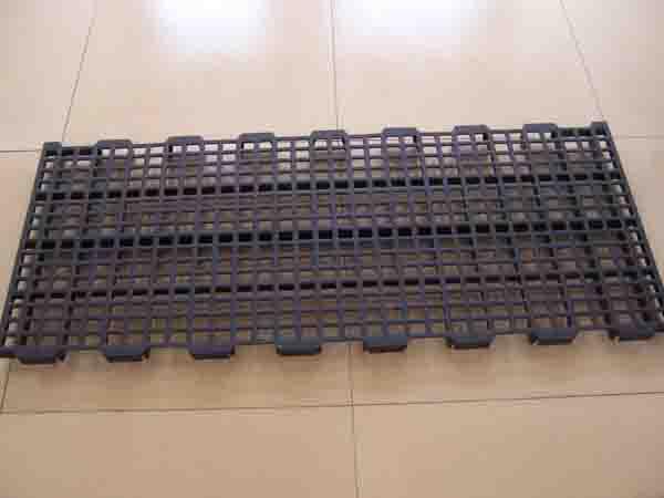 【�R�】在�u���B殖中塑料漏�S板有何���� 塑料漏�S板的清洗小常�R