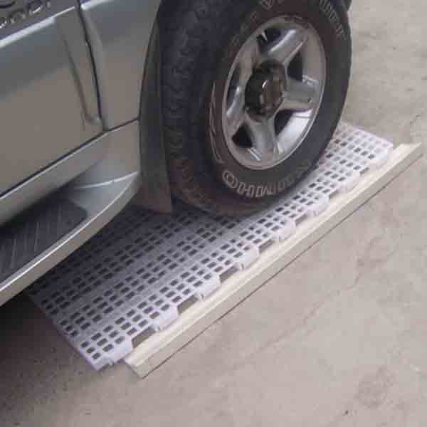 【最全】�i舍中漏�S地板的制作材料 漏�S地板提高了�i舍的���效益