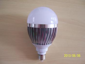 12瓦禽用照明灯