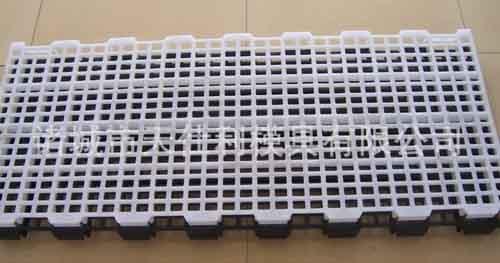 【文章】为您讲解水泥漏粪板生产次序 潍坊漏粪板的特点