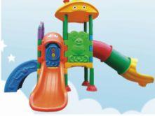 儿童塑料滑梯