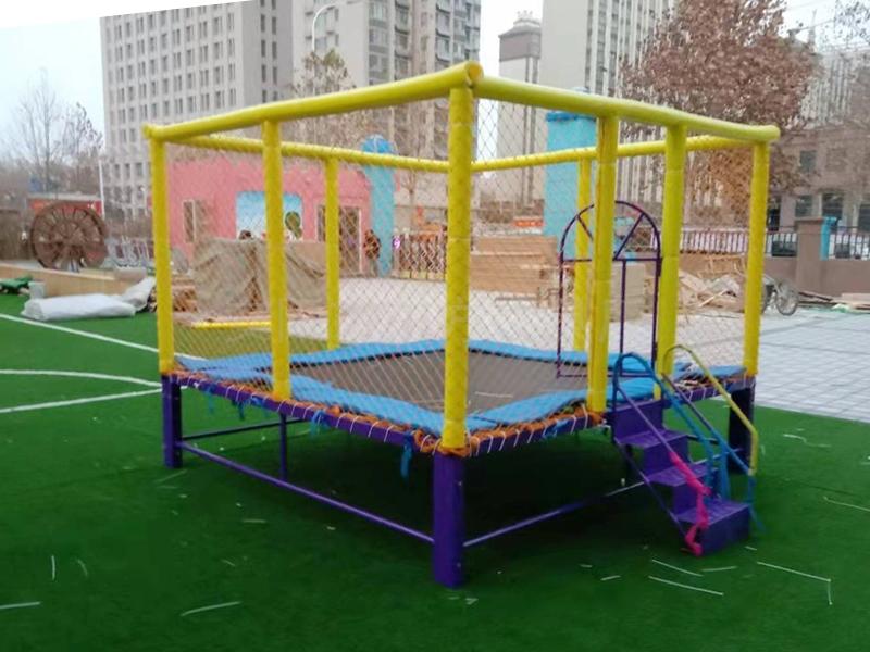 幼儿园玩具蹦蹦床