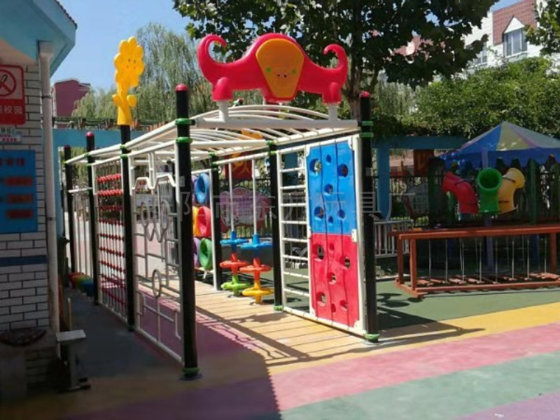 幼儿园娱乐设施定制