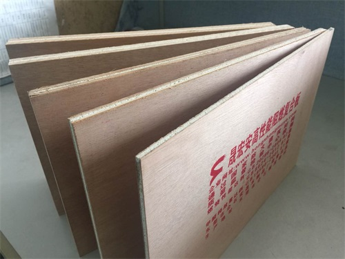 高性能阻燃复合板