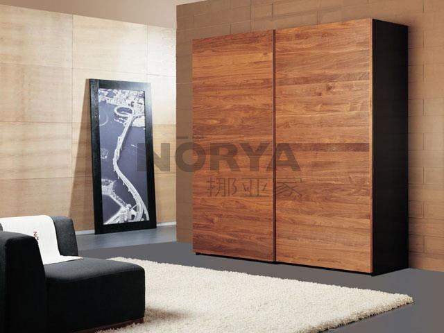 实木经典衣柜