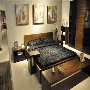 挪亚家卧室床