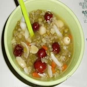冰糖莲子绿豆粥