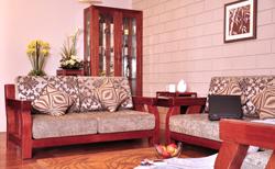 【图片】实木家具的保养方法 实木家具的特点