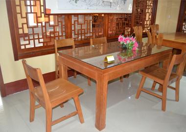 美国红橡餐桌