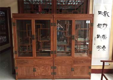 鲁九红茶柜